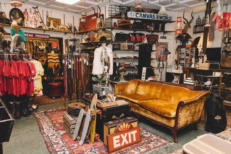 5 Best Vintage Online Shops | Buyandship Singapore